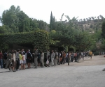 Alhambra Queue - Three Hours from the Back and Two from the Front