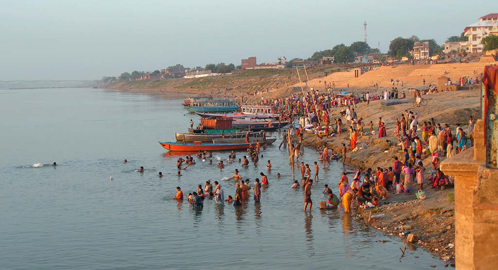 essay on river ganga pollution Essay on the ganga river essay # 1 introduction to the ganga river : our rivers have [] geography notes geography notes exclusive notes on geography home main menu home questions and answers forum publish your notes.